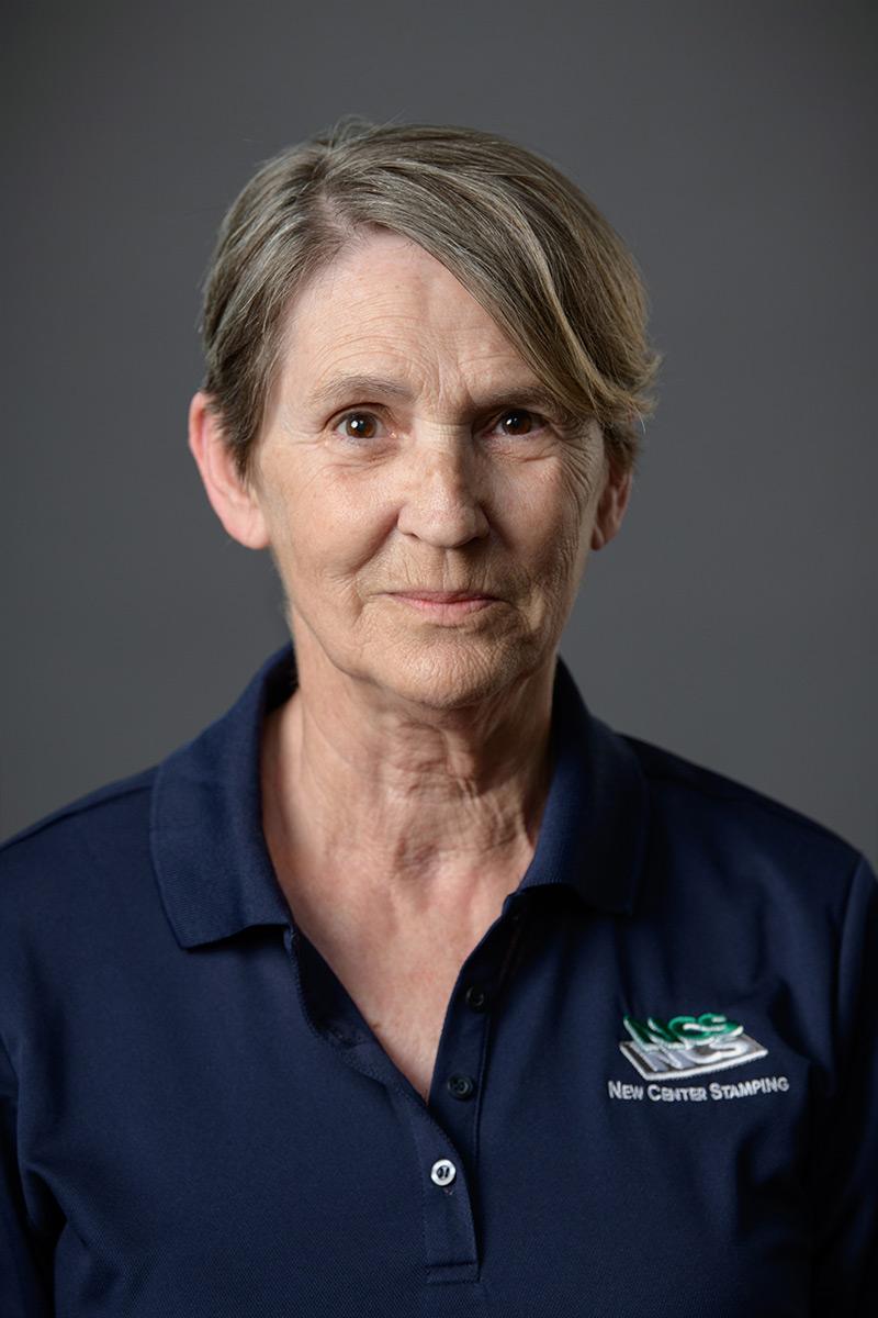 Headshot of Ruth Warhurst